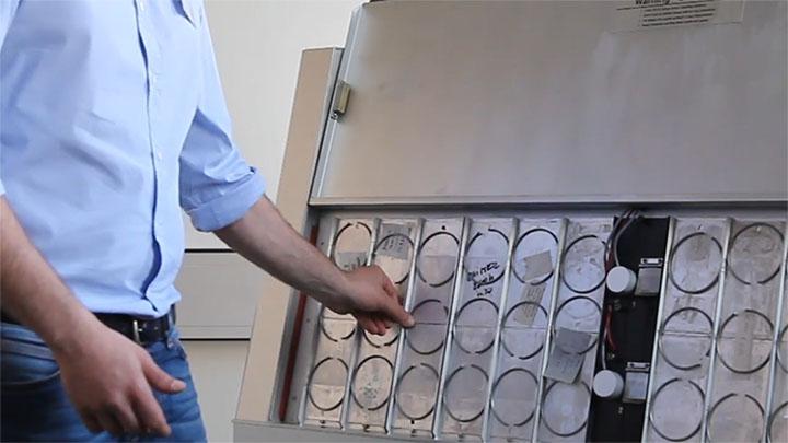 紫外光加速老化试验机样品容量