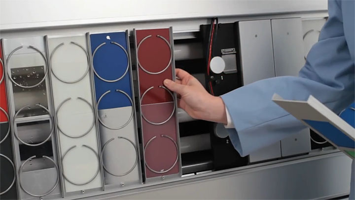 QUV紫外线加速老化试验箱样品安装